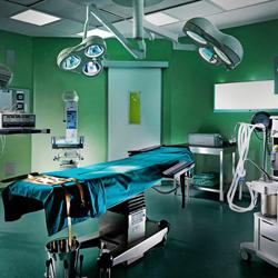 Клиники начали отказываться от лицензий по пластической хирургии